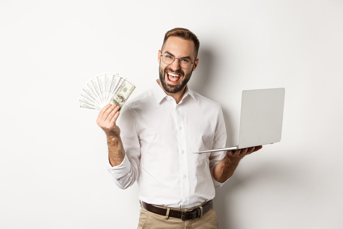 Ultimate Guide to Dropshipping vs Amazon FBA For Passive Income